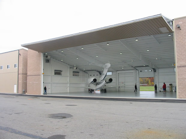 Schweiss Hangar Doors At Morristown Airport