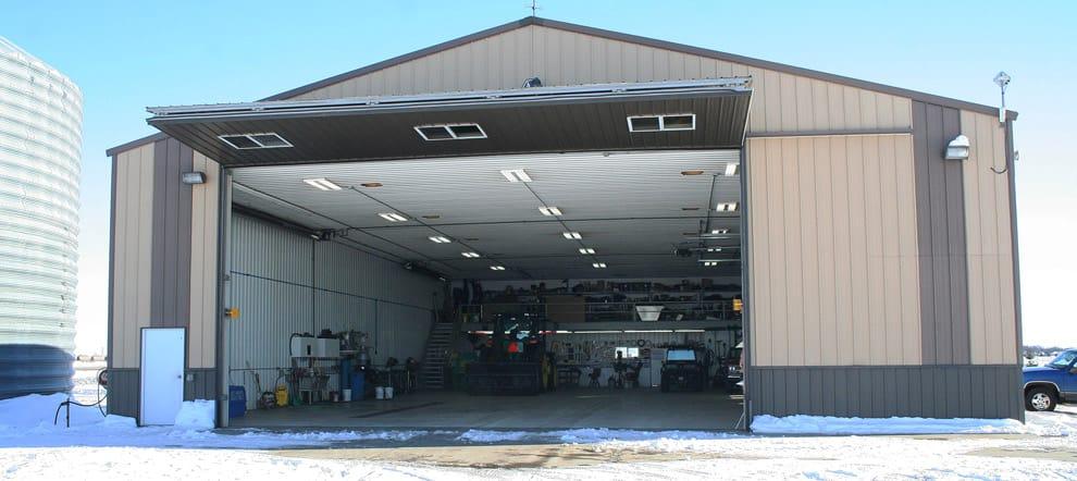 Brian Frank S Farmstead Doors Farm Stories Schweiss Doors