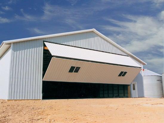 Pole buildings garage plans ksheda for Pole barn sliding door plans