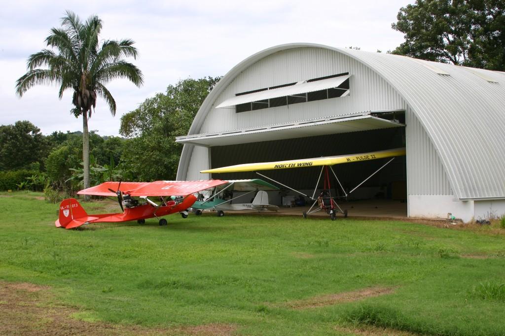 Costa Rica bifold door