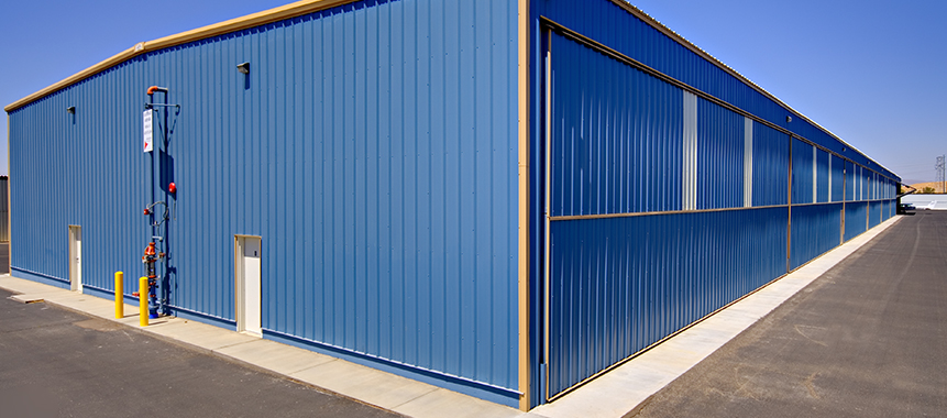 Exterior Sheeting and Flashing on Schweiss T-Hangar Doors