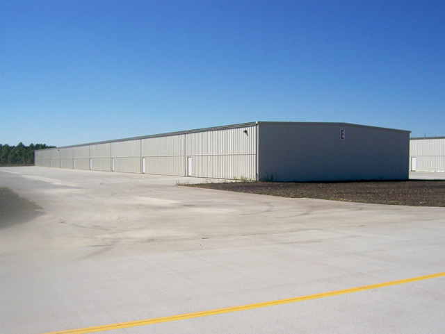 t-hangars with bifold doors