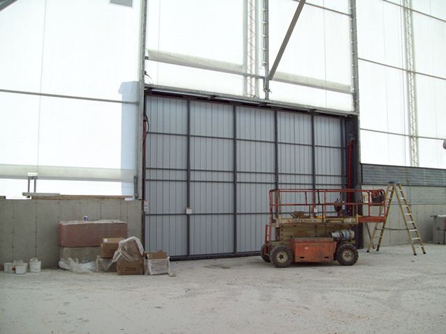 inside view of hydraulic door on fabric building
