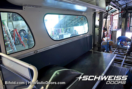 Hydraulic Bus Doors Attached on a Bus