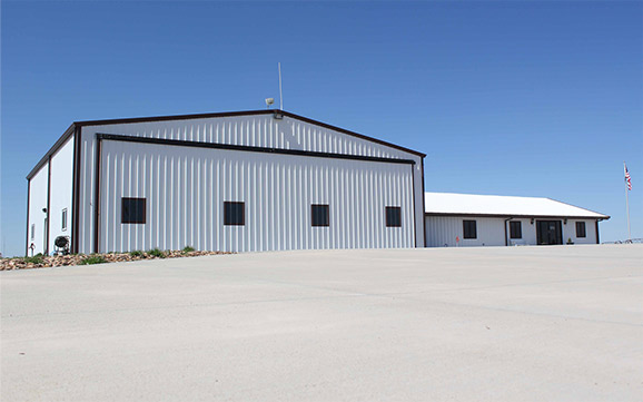 wide shot of hangar and door windrated for 90 mph