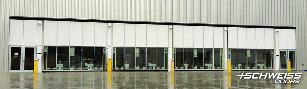 Base Borden - Armed Forces School has more than 4 bifold and hydraulic Doors