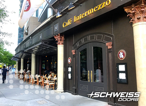 Cafe Intermezzo's Schweiss Bifold Doors turns room into patio