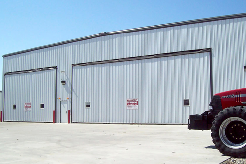 machine shed doors - Two Hydraulic Used for Machine Shed