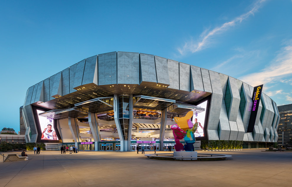Sacramento Kings Stadium Hangar Doors & Golden 1 Center Doors Sacramento CA | Schweiss Must See Photos