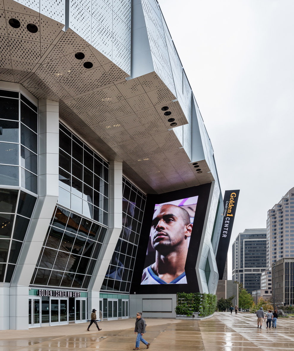 Golden 1 Center Indoor-Outdoor Arena