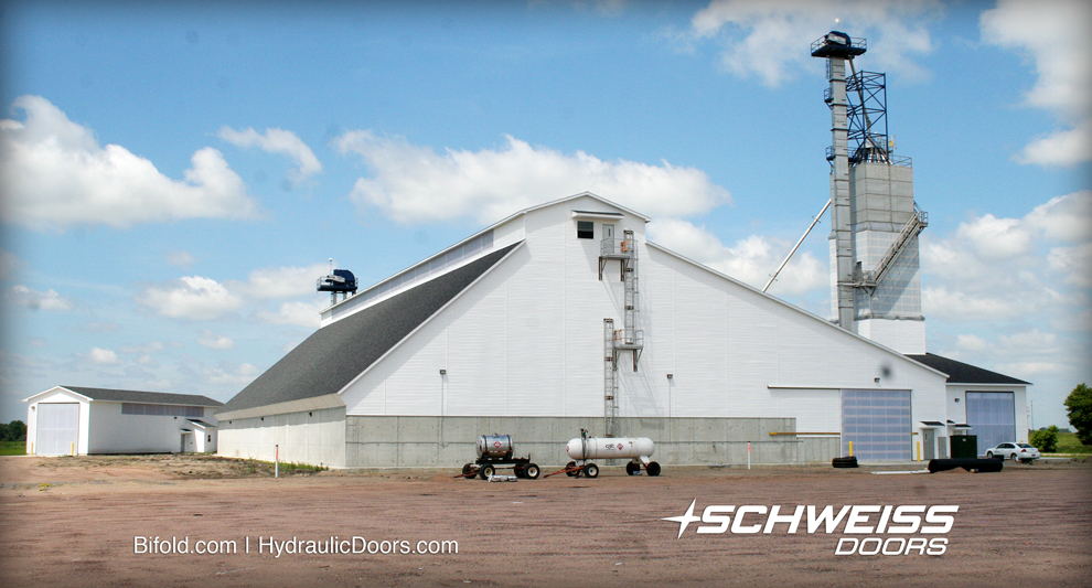 The CRC has three fertilizer buildings with four Schweiss Liftstrap Doors