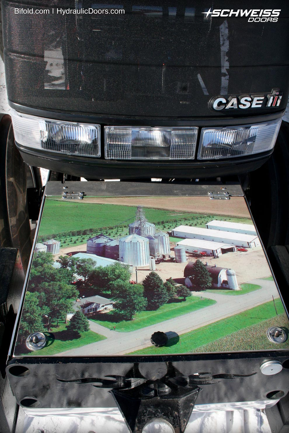 Atwater farm picture displayed on front of weight box