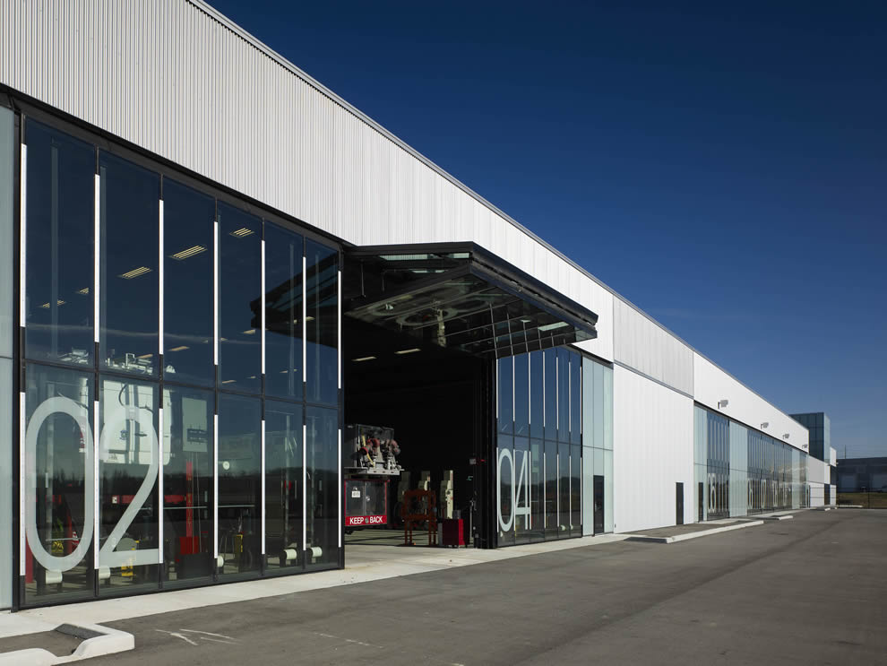 Ontario Operations Centre Installs 20 Glass Bifold Doors