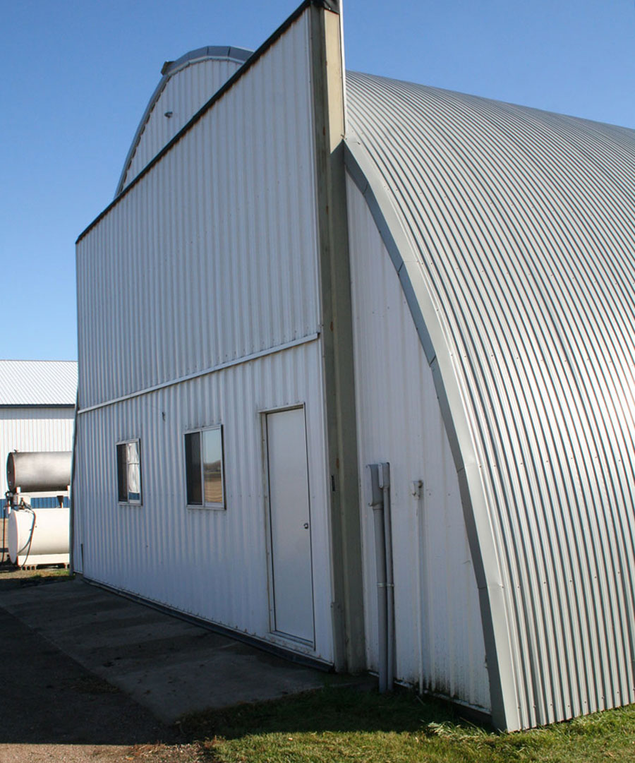Quonset building
