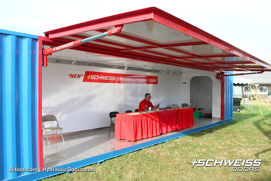 The Schweiss Container set up at Farmfest 2015.
