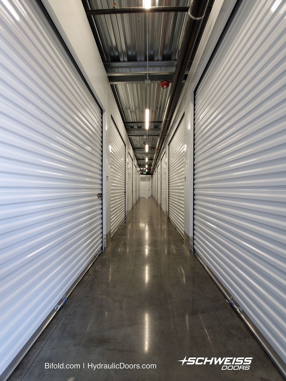 storage space has 592 units and they vary in size