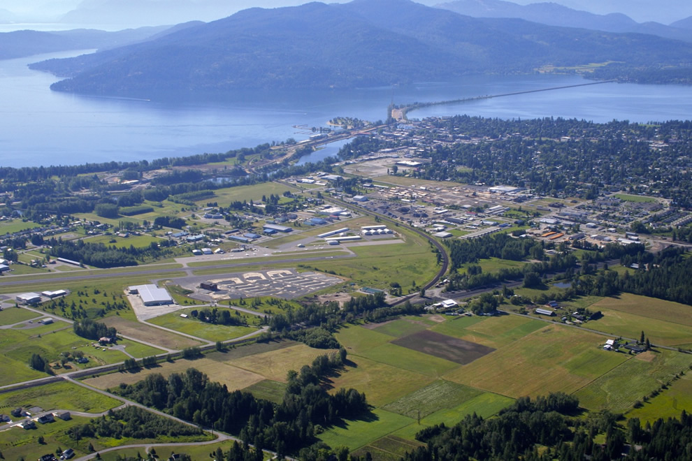 aeriel view of sandpoint Idaho airport