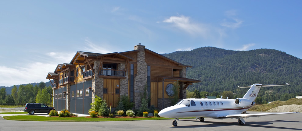all kinds of aircraft from jets to prop planes make their home at SilverWing