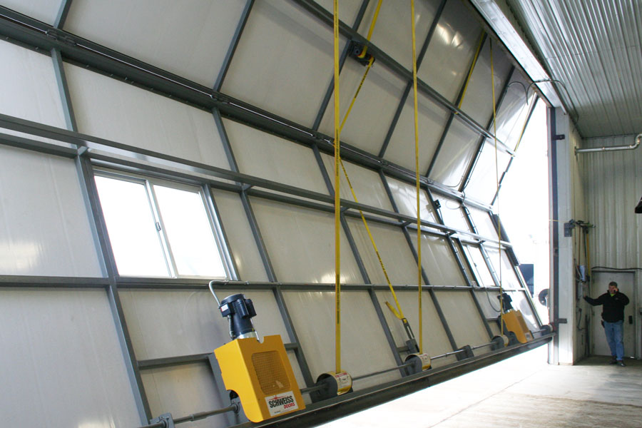 Interlocking insulated door panels