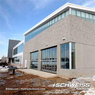 Minnesota Vikings get Schweiss Glass Window Wall