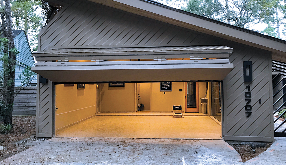 Schweiss residential Garage Doors in Texas