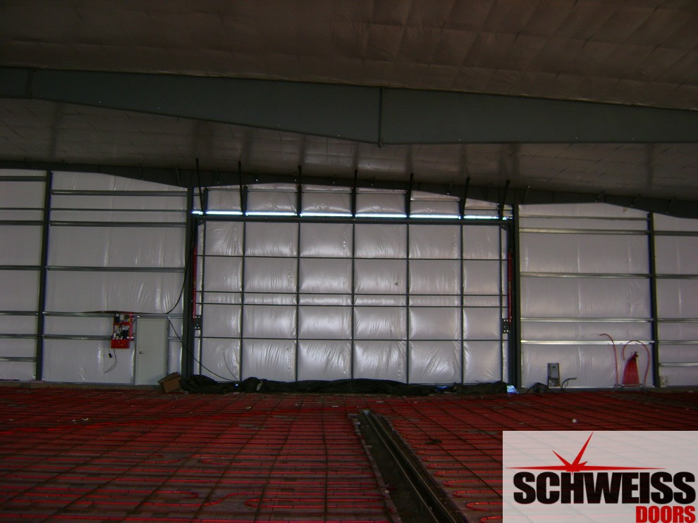 Modern buildings, modern hydraulic doors