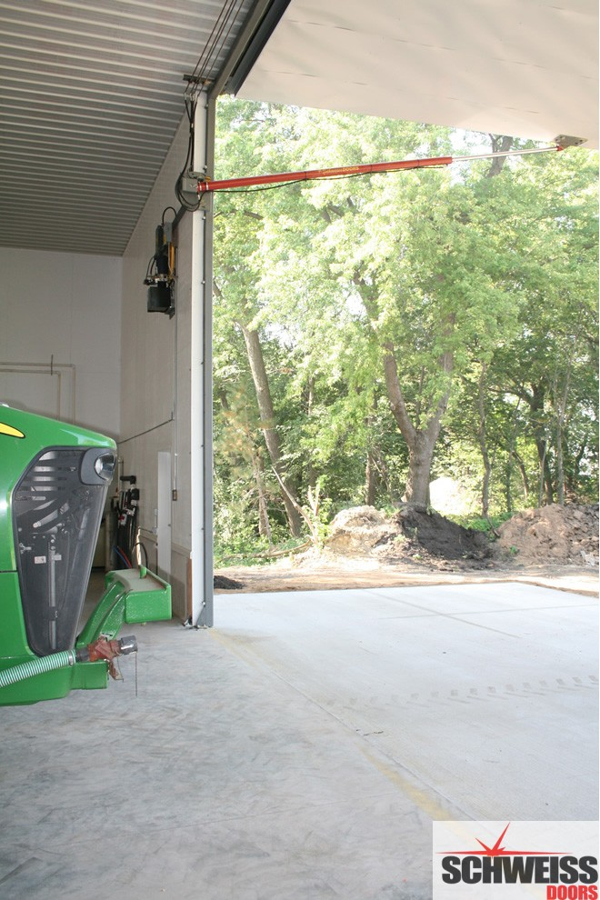 Hydraulic Doors for farm and ranch agricultural use come in big sizes for big ag equipment