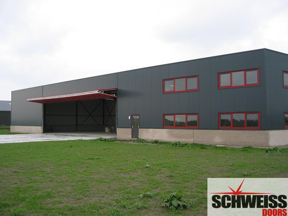 Bifold doors for commercial buildings
